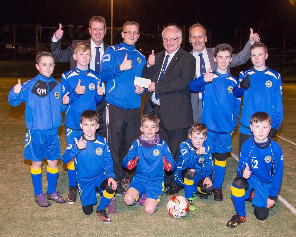 Lodge Kirkliston Maitland 482 donate £1000 to KSQ FC
